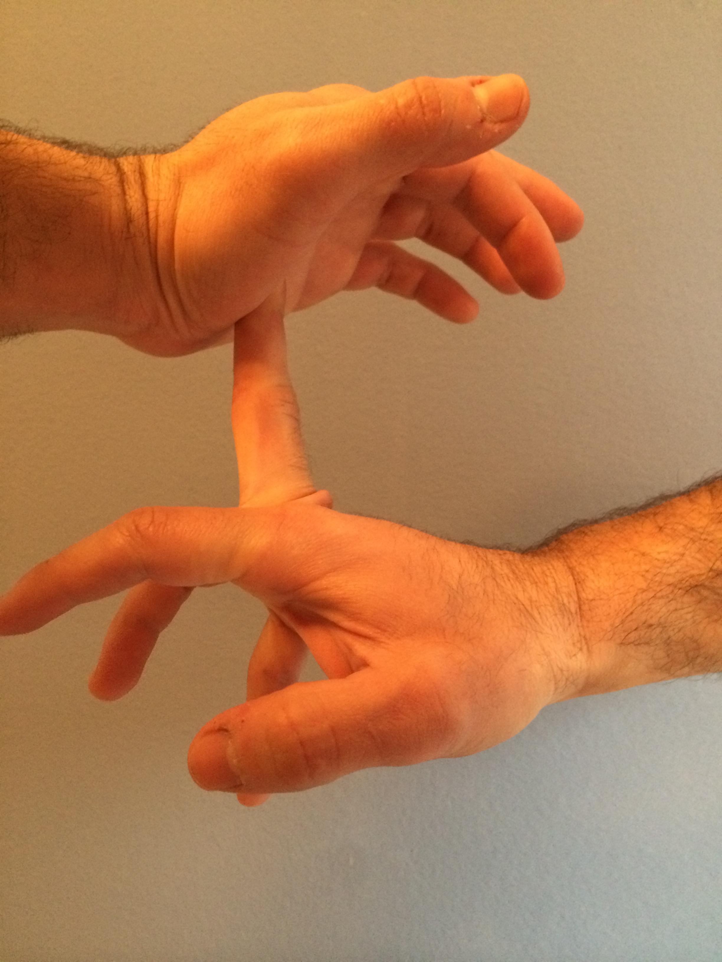 Arriba y con dedo en el culo - 2 1